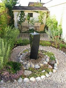 steingarten anlegen welche pflanzenarten sind am besten
