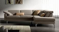 divani con angolo divano design ad angolo poggiatesta reclinabile e