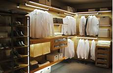 Beleuchtung Begehbarer Kleiderschrank - begehbarer kleiderschrank mit beleuchtung kleiderschrank