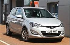 hyundai i20 specs of wheel sizes tires pcd offset and