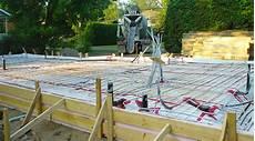 dalle beton pour garage wandgestaltung wohnzimmer multi services var terrasse en