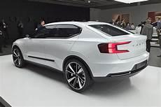 Volvo Xc40 S40 Und Ein E Auto Bilder Autobild De
