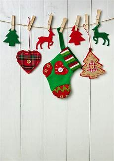 9 christmas wall decorating ideas elegant holiday wall