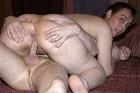 Nakna Kvinnor I Duschen
