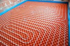 chauffage au sol le chauffage au sol les avantages et inconv 233 nients