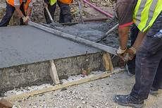 4 common varieties of screeds for your concrete project