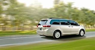 2017 Toyota Sienna Limited Premium AWD Review