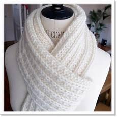 tricoter une grosse echarpe snood echarpe