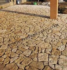 pavimenti in pietra di trani pavimento in mosaico di pietra di trani pietreesassi