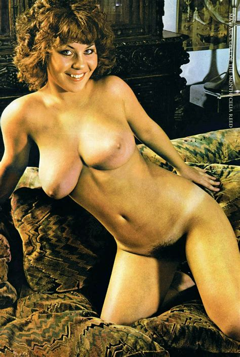 Gloria Root Nude