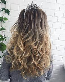 perfectly gorgeous down hairstyles for prom