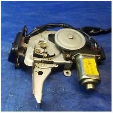 infiniti fx35 fx45 rear hatch door lock actuator 03 08 ebay infiniti fx35 fx45 rear hatch door lock actuator 03 08 ebay