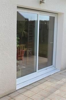 baie vitrée coulissante baie vitr 233 e coulissante pvc volets en option