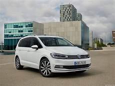 смотри Volkswagen Cross Touran 2018 фото видео