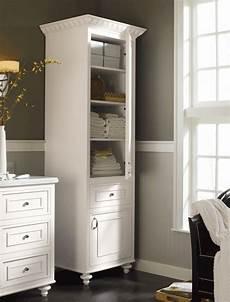 Badezimmer Wandschrank Weiß - 67 tolle bilder wandschrank f 252 r badezimmer archzine net