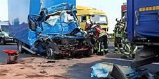 Unfall Dresden Heute - t 246 tlicher unfall auf der a4 bei dresden