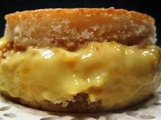 zuccotto con crema pasticcera a tavola con mammazan zuccotto alla crema pasticcera e pesche