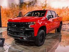 2019 Chevrolet Silverado First Look  Kelley Blue Book