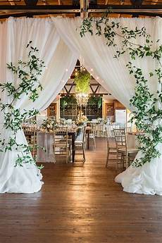 trending organic inspired white and greenery wedding ideas elegantweddinginvites com blog