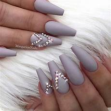 nails muster 41 nail designs with rhinestones stayglam