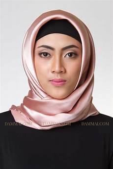 Goldy Pink Jilbab Segi Empat Dammai