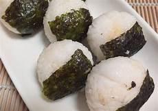 Resep Nasi Kepal Isi Ayam Suwir Mayo Oleh Dapur Bundamaya