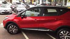 captur flamme renault captur play in with black roof