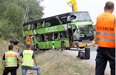 Flixbus Rostock Berlin - flixbus unfall bei rostock polizei sichert daten des