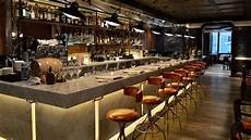 comptoir de bar professionnel quelles sont les cl 233 s de l agencement d un bar