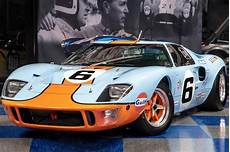 ford gt kaufen buy and race an exact 1969 ford gt40 replica carbuzz