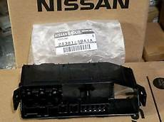 New Genuine Nissan Rogue 2014 2018 Fusible Link Holder