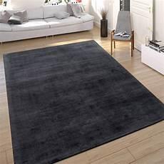 teppich anthrazit teppich seidenoptik anthrazit handgefertigt teppich de