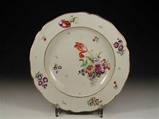 Porcelaine De - notice undefined variable dynamic featured image in