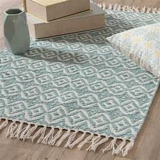 blauer teppich teppich aus blauer baumwolle mit motiven 60x90 collioure