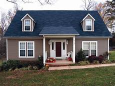 what house colors gowith a blue roof search cabin plans in 2019 blue roof house