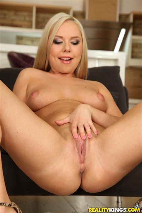 Curvy Stockings