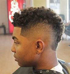 20 short curly hairstyles for black men mens hairstyles 2018