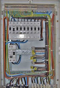 wie viel kostet ein elektriker die fahrzeuge werden 04 19 15