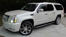 cadillac escalade esv 2007 white suv gasoline 8 2007 cadillac escalade esv luxury awd suv diamond white tan leather