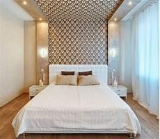 modernes schlafzimmer wand dekorieren tapete braun creme