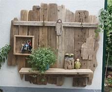 Wandregal Aus Paletten Selber Bauen - pin jj auf geschenke wood shelves wall shelves und