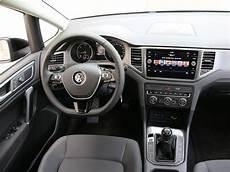 Vw Golf Sportsvan 1 6 Diesel Testbericht Auto Motor