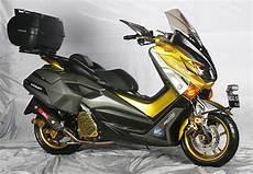 Modifikasi Yamaha Nmax 2018 by Modifikasi Yamaha Nmax Dan Pilihan Warna Terbaru 2019