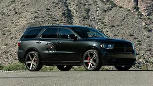 700 HP Hellcat Powered Dodge Durango Is Real And Its Awesome