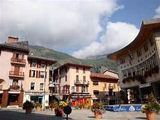 hotel bourg st maurice centre ville picture of bourg maurice savoie