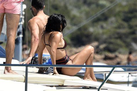 Kourtney Kardashian Ass
