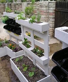 bac à fleurs 1001 tutoriels et id 233 es pour fabriquer une jardini 232 re en