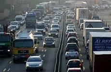 Stau A1 Köln - ihk vorschl 228 ge gegen den vekehrsinfarkt koeln de