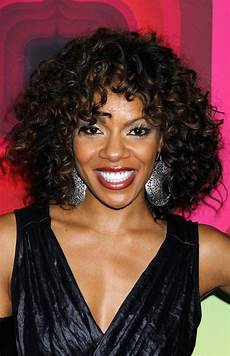shoulder length curly hairstyles for black women 2015 wendy raquel robinson shoulder length curly hairstyle for black women styles weekly