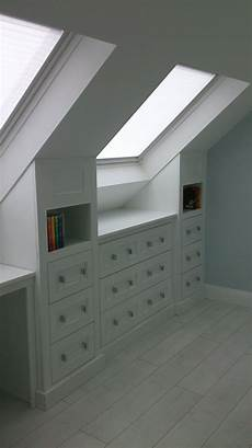 rangement combles attic storage with workdesk do domu pomysly rangement